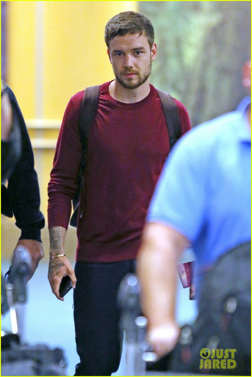 liam payne arrives in vancouver ahead of iheartradio concert 04