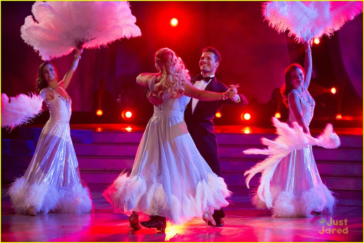 sasha pieterse shay mitchell dwts fix scores viennese waltz 04