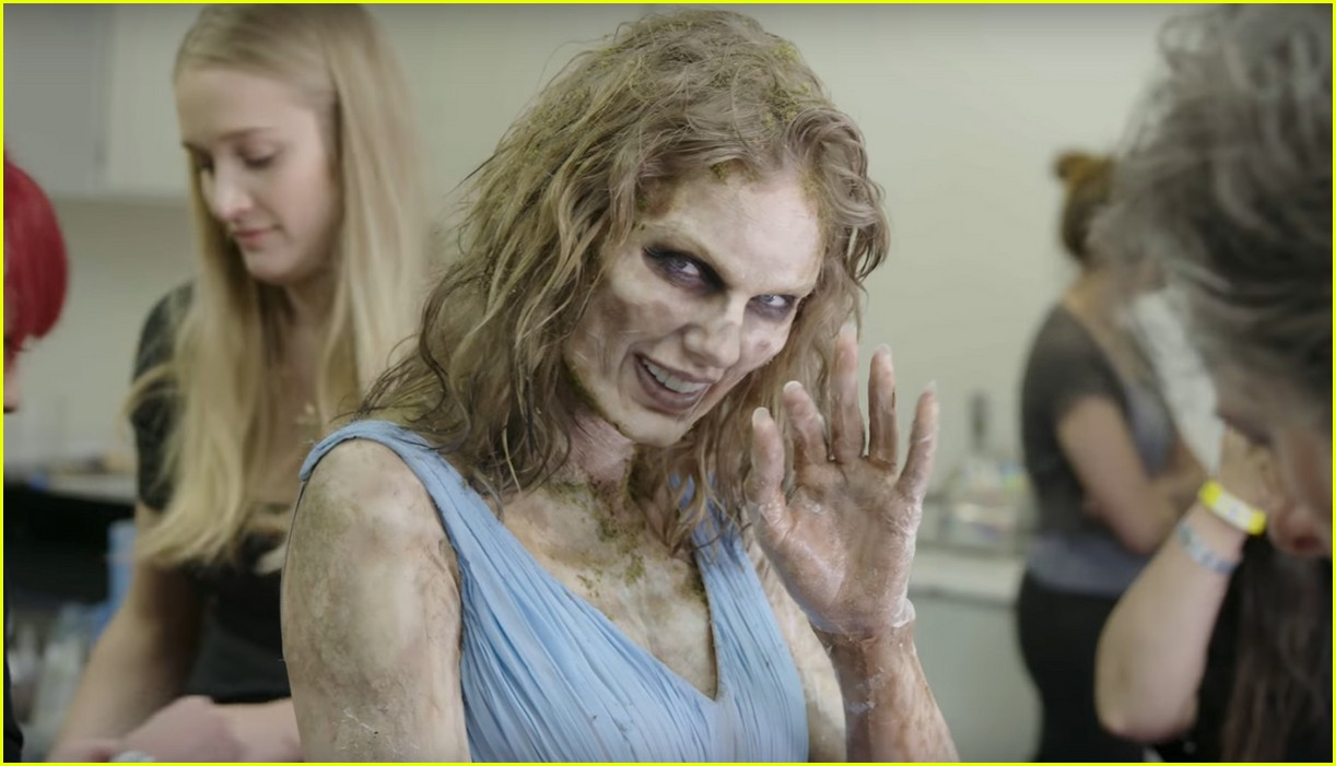 Watch Taylor Swift Transform Into A Terrifying Zombie For Her Music
