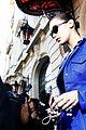 bella hadid avoids photographer scuffle 15