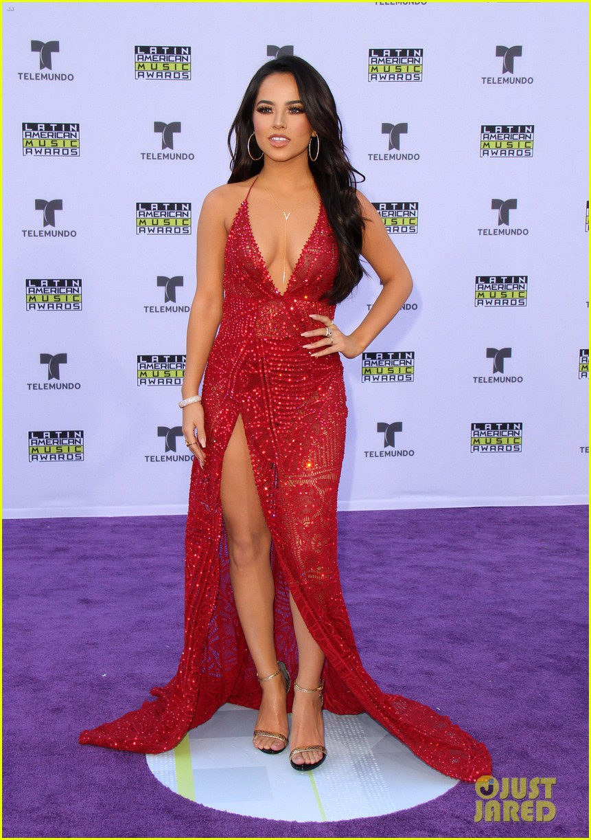 camila cabello becky g arrive in style for latin american music awards 2017 01