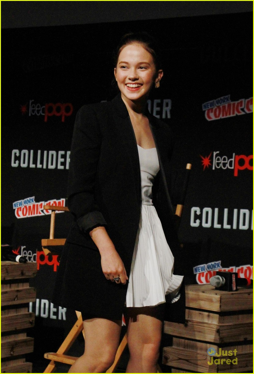 cailee speany pacific rim uprising panel trailer 05
