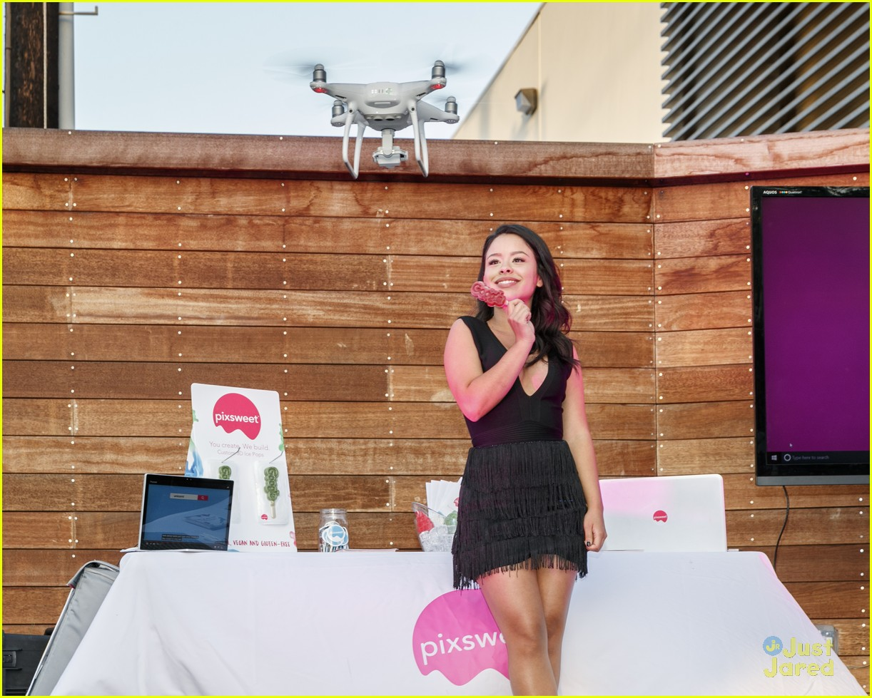 cierra ramirez dress code google event 01
