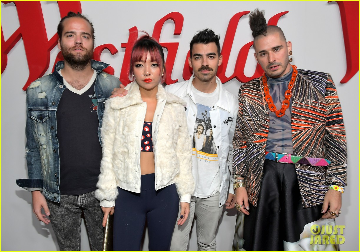 dnce william and more celebrate westfield century city reopening 05