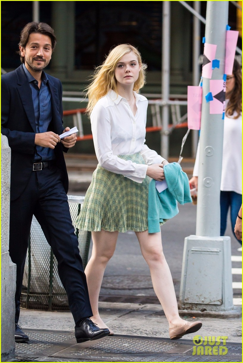 elle fanning timothee chalamet film woody allens upcoming film around nyc 10