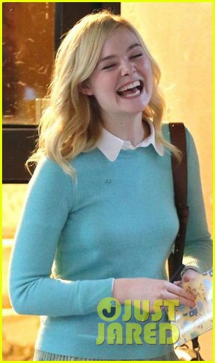 elle fanning shares a laugh on set of woody allen movie in nyc 04