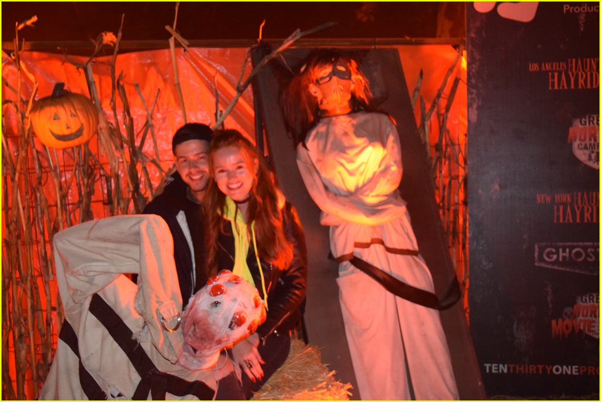 these celebs got spooked on the la haunted hayride 19