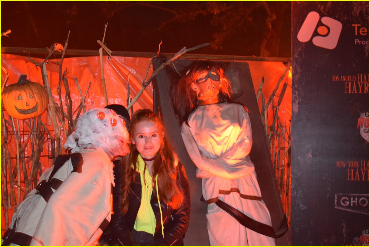 these celebs got spooked on the la haunted hayride 20