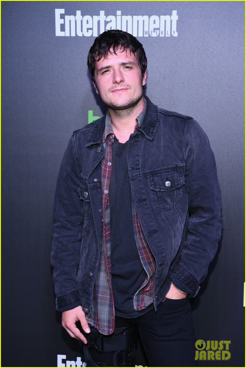josh hutcherson tyler posey more attend hulu nycc after party 01