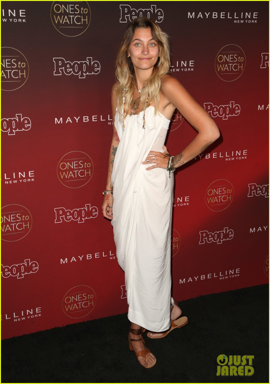 paris jackson julia michaels sasha pieterse more step out for people mags ones to watch party 02