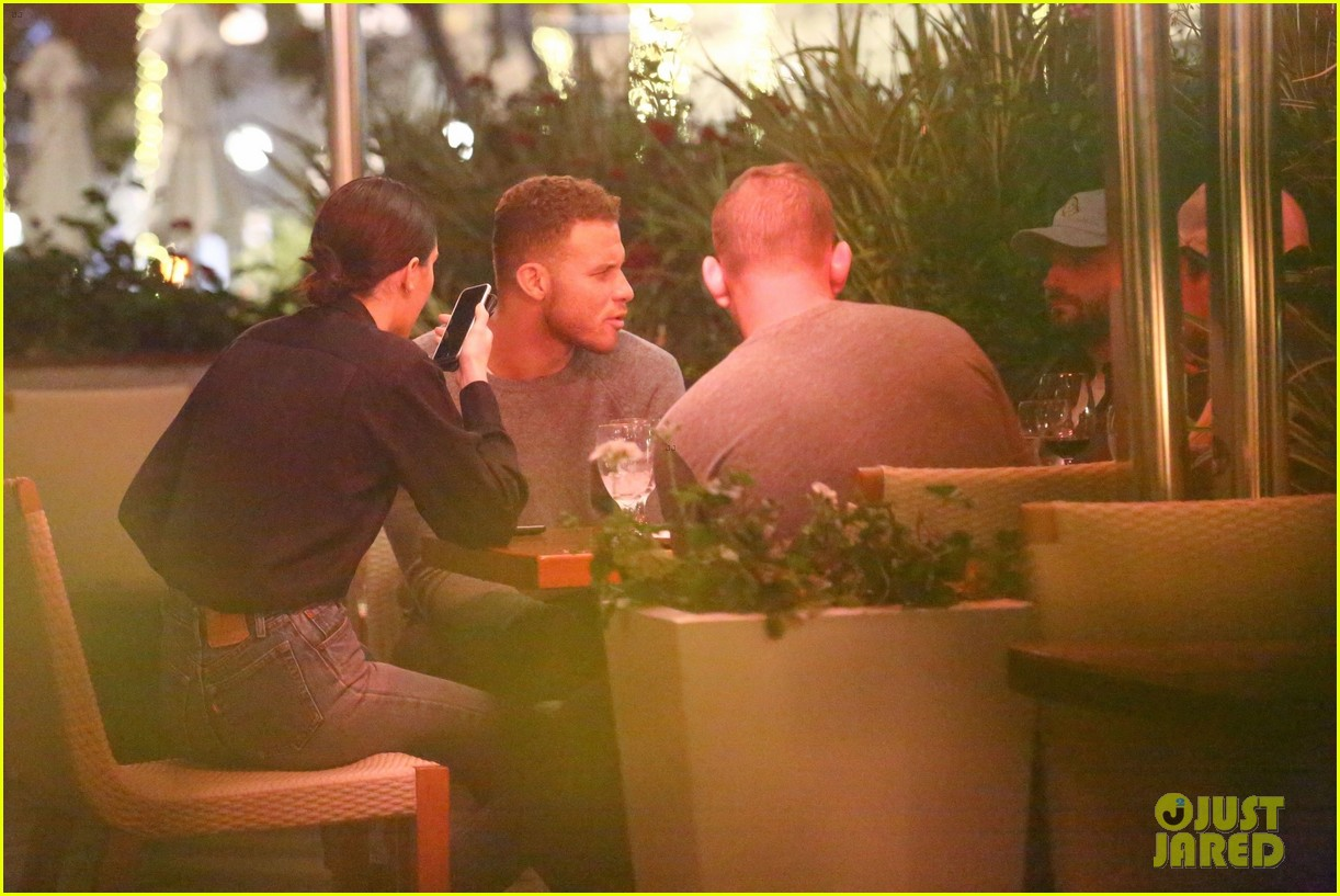 kendall jenner joins blake griffin for dinner in beverly hills 05