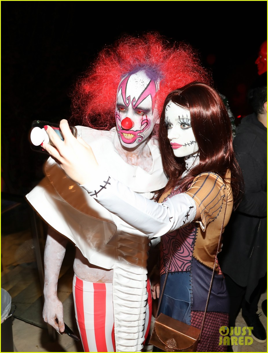 joey king just jared halloween party 02