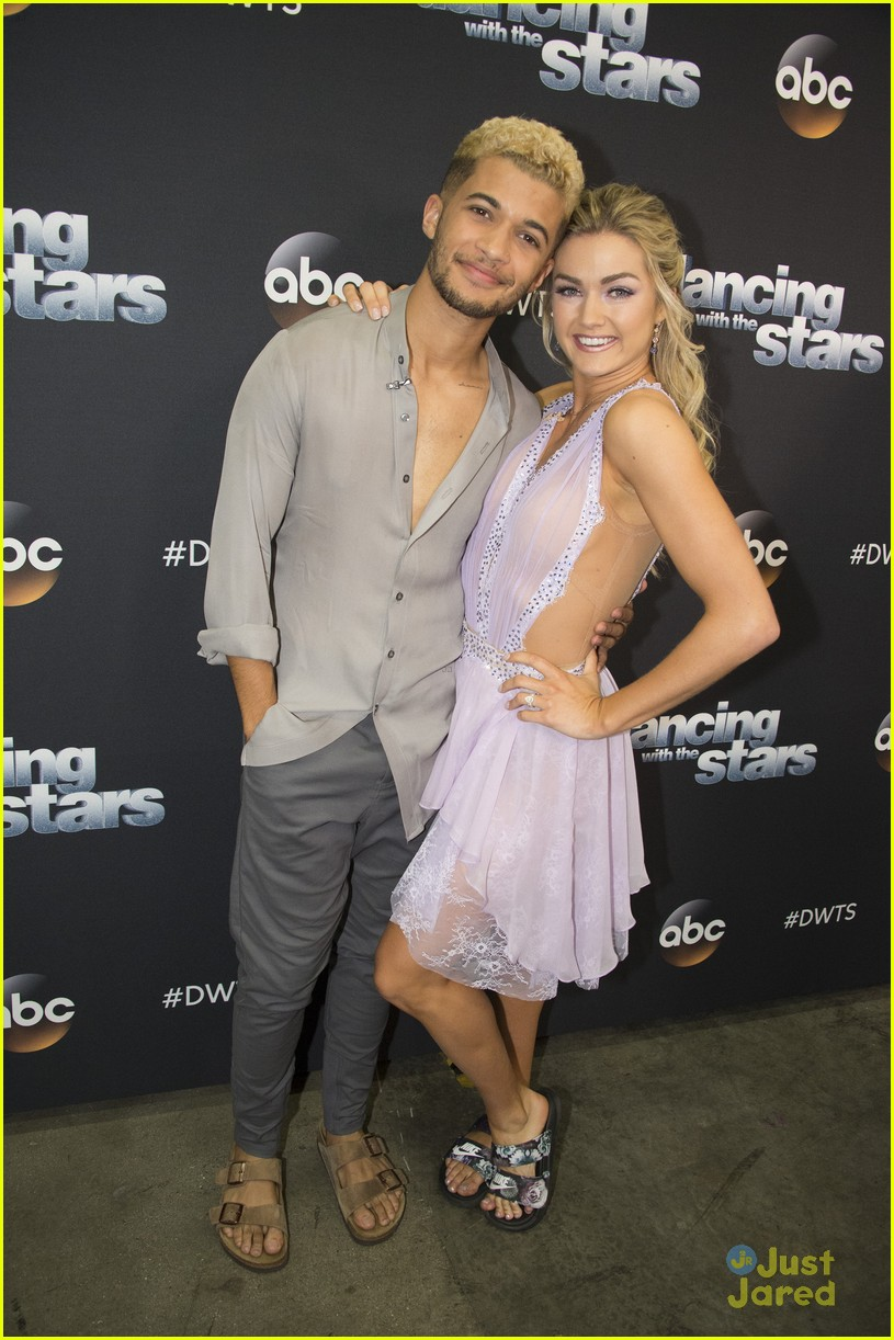 jordan fisher parents emotion dwts lindsay arnold 02