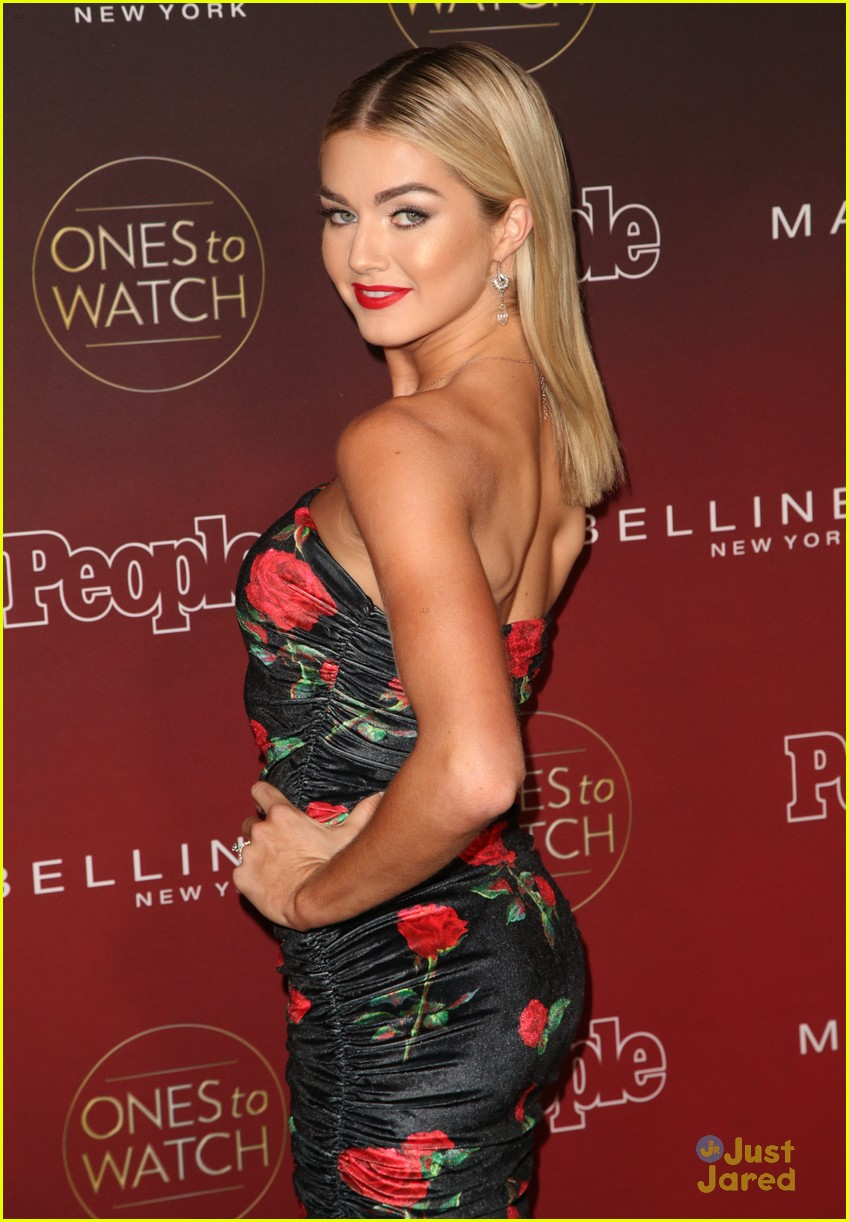 lindsay arnold jordan fisher more people party 03