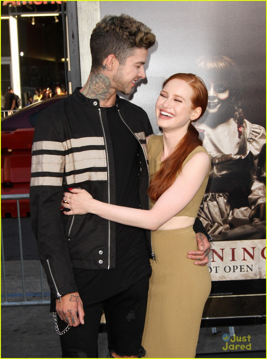 madelaine petsch travis mills cute meet story 02