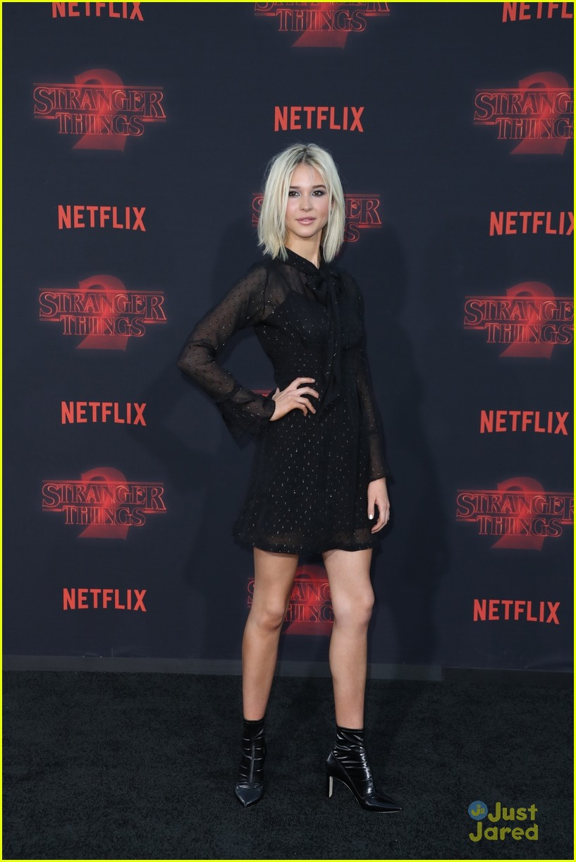 Communication on this topic: CD Review: Moonstone Project, Time To Make A Stand, paris-berelc-at-the-premiere-of-stranger/