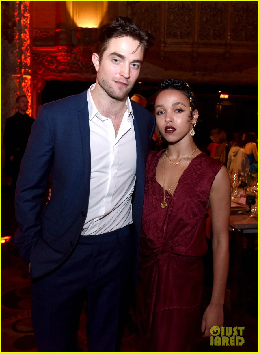 robert pattinson fka twigs split call off engagement 04