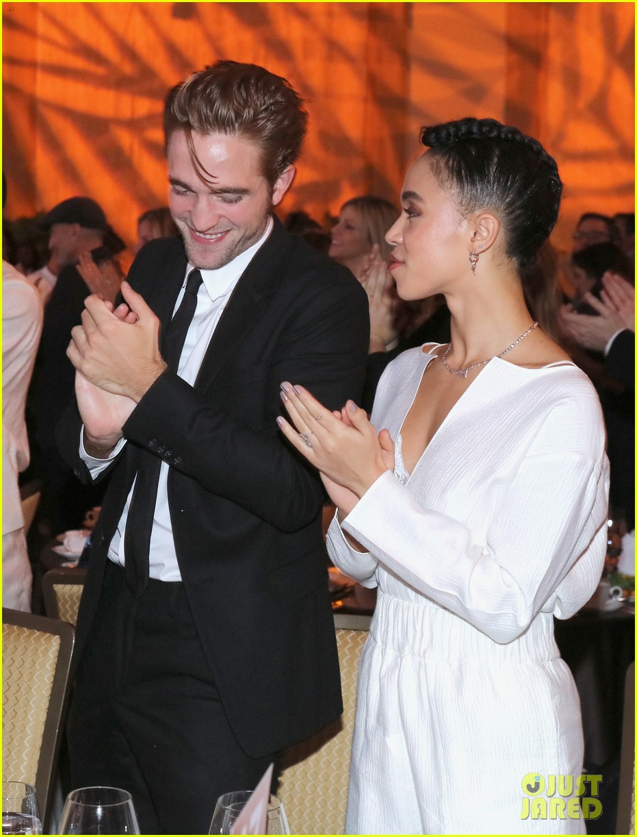 robert pattinson fka twigs split call off engagement 08