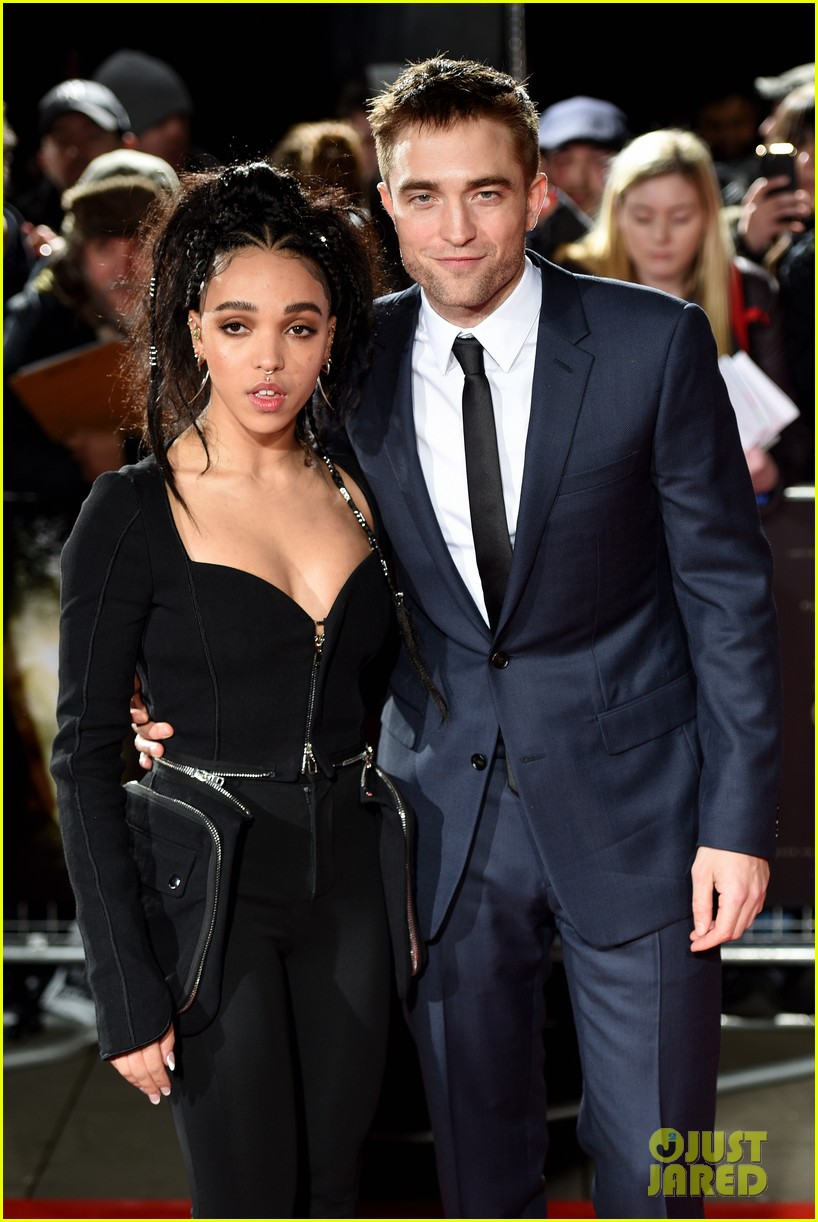 robert pattinson fka twigs split call off engagement 14