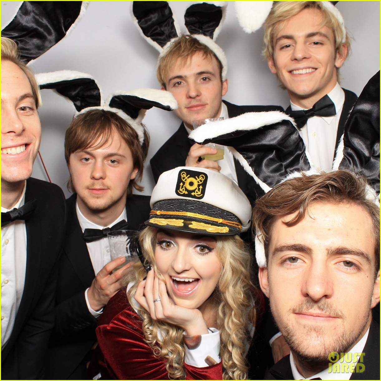r5 just jared halloween party photo booth 09