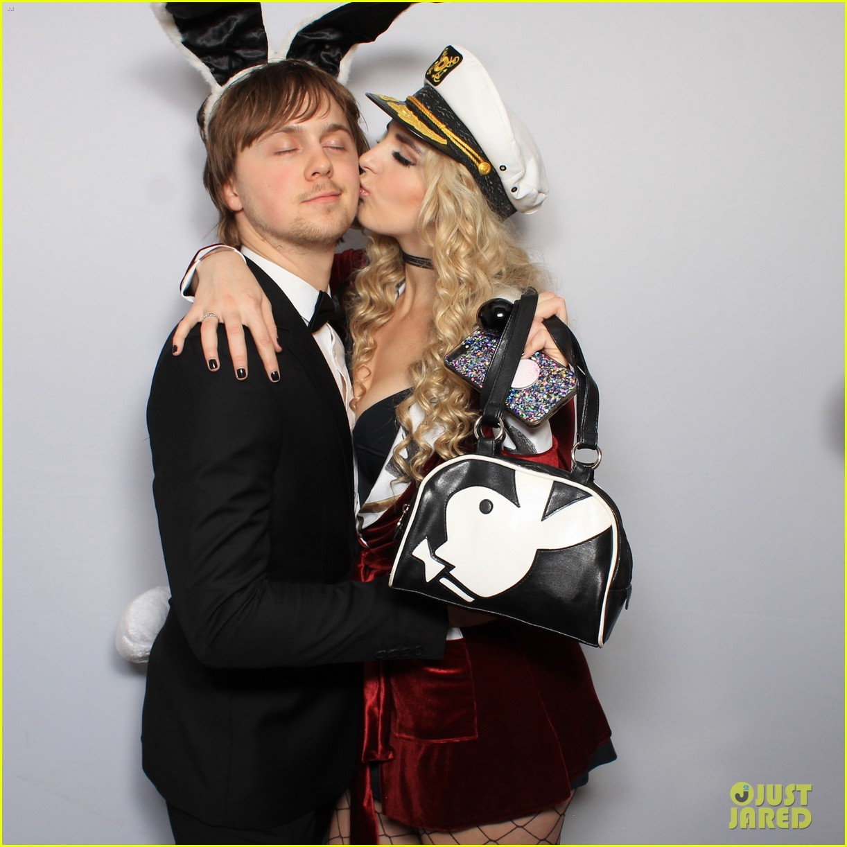 r5 just jared halloween party photo booth 10