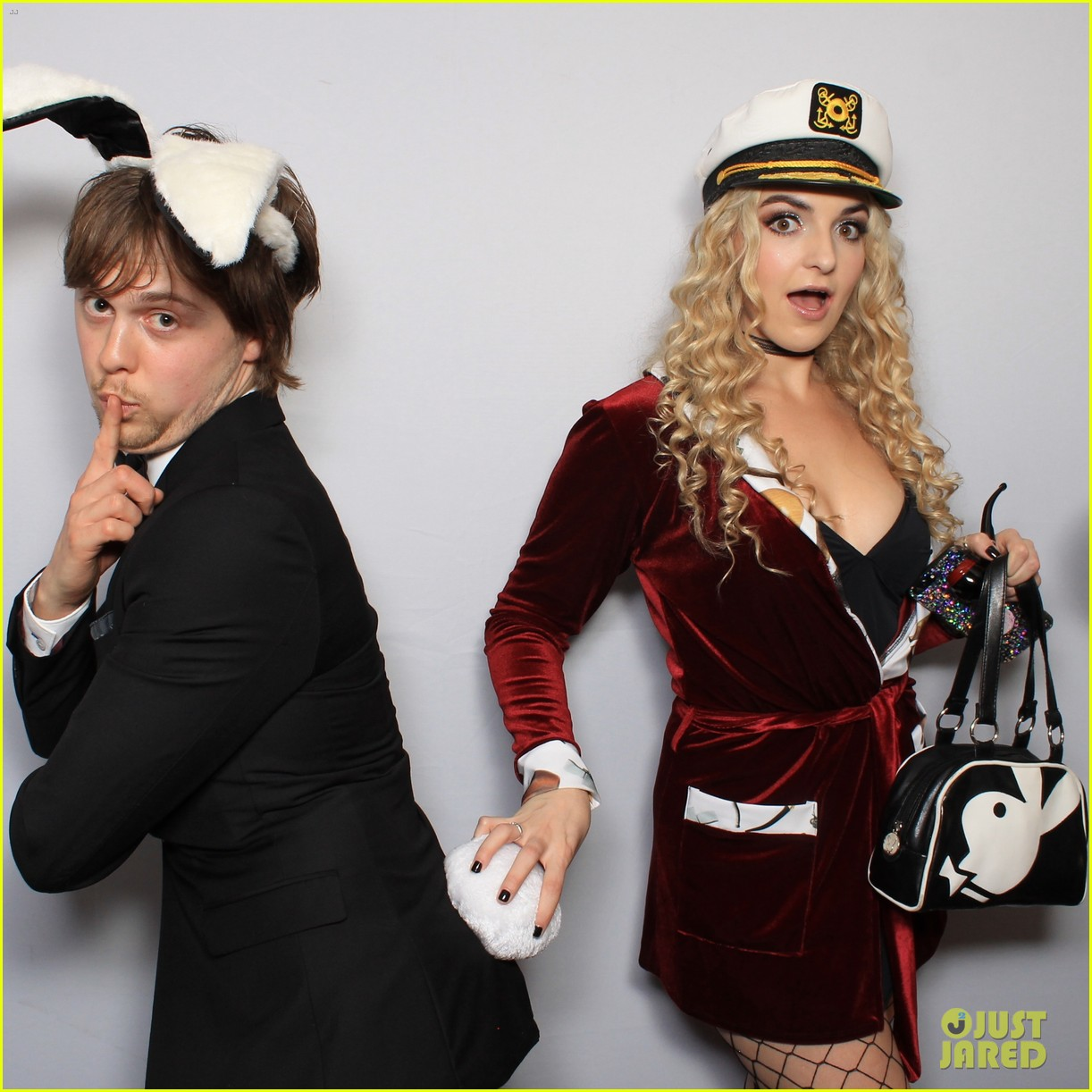 r5 just jared halloween party photo booth 11