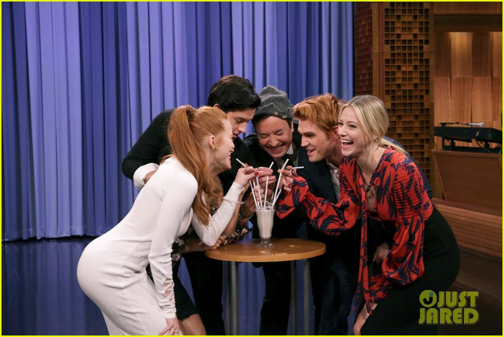 riverdale cast miley cyrus family face off in hilarious tonight show game show 04