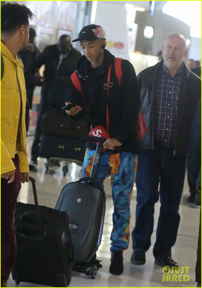 jaden smith scooters his way through paris and lax airports 06