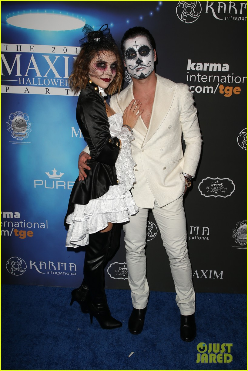 val maks chmerkovskiy show affection for their partners at maxim party 02