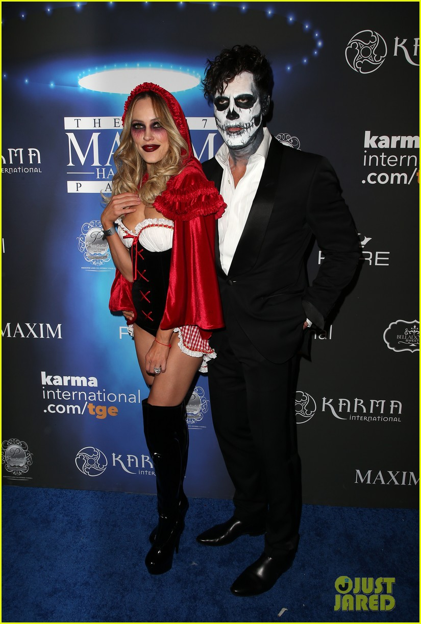 val maks chmerkovskiy show affection for their partners at maxim party 13