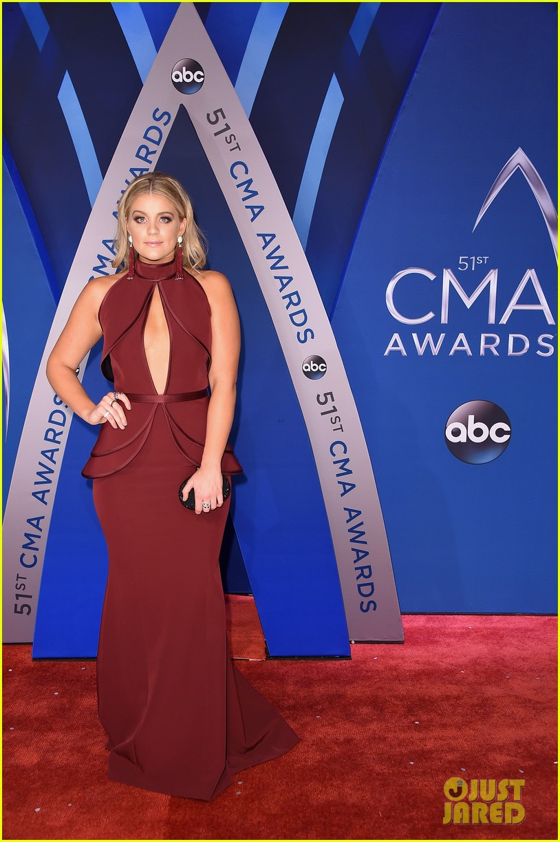 lauren alaina and dan and shay hit cma awards 2017 red carpet before performance 01