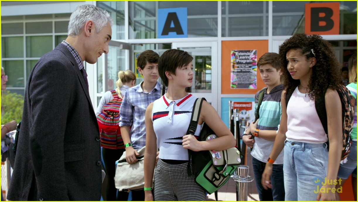 andi mack peyton woke clip watch now 02