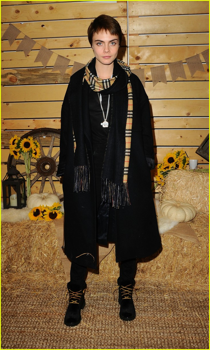 cara delevingne january jones jessica szohr and more step out for fall fashion event 01