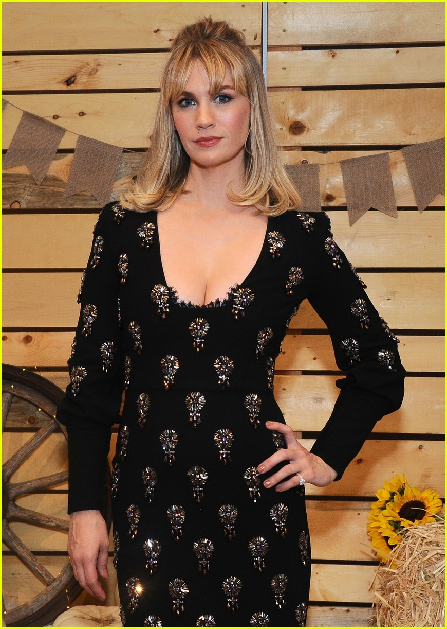 cara delevingne january jones jessica szohr and more step out for fall fashion event 12