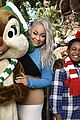 dove sofia raven disney holiday celebration 02