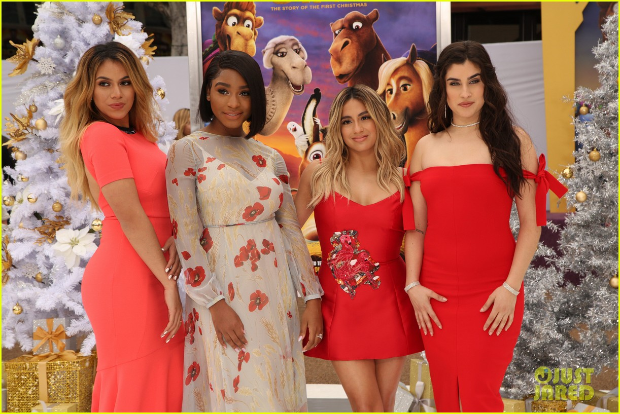 Fifth Harmony Christmas.Fifth Harmony Get Into The Christmas Spirit At The Star
