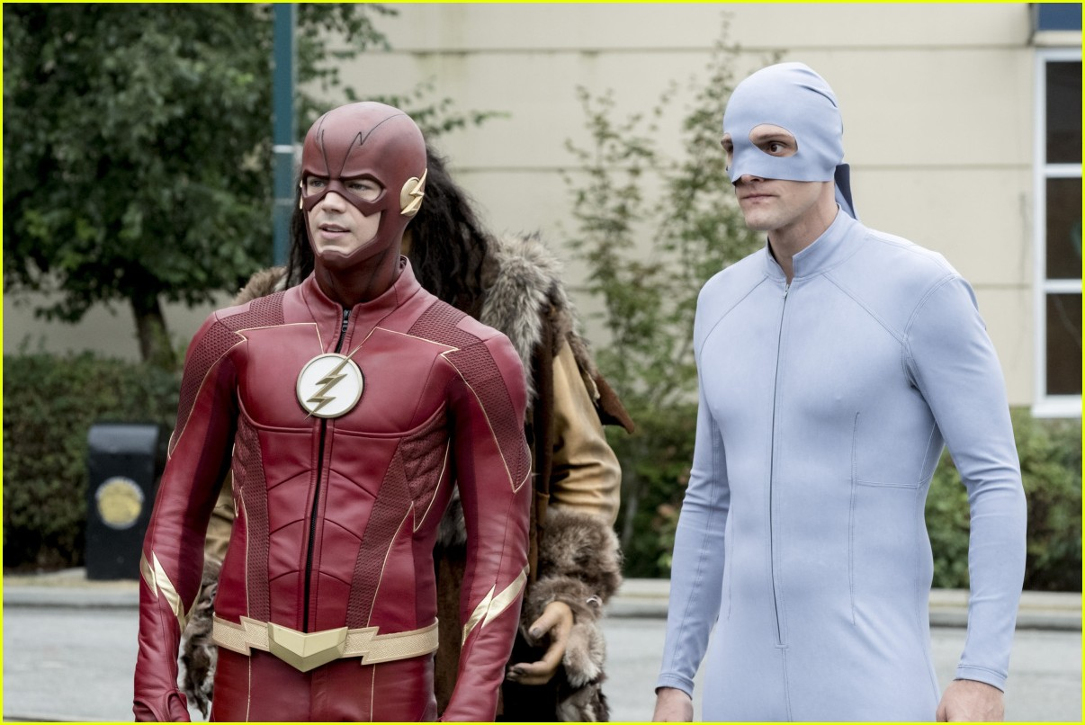 the flash elongated man suit harrys council 04