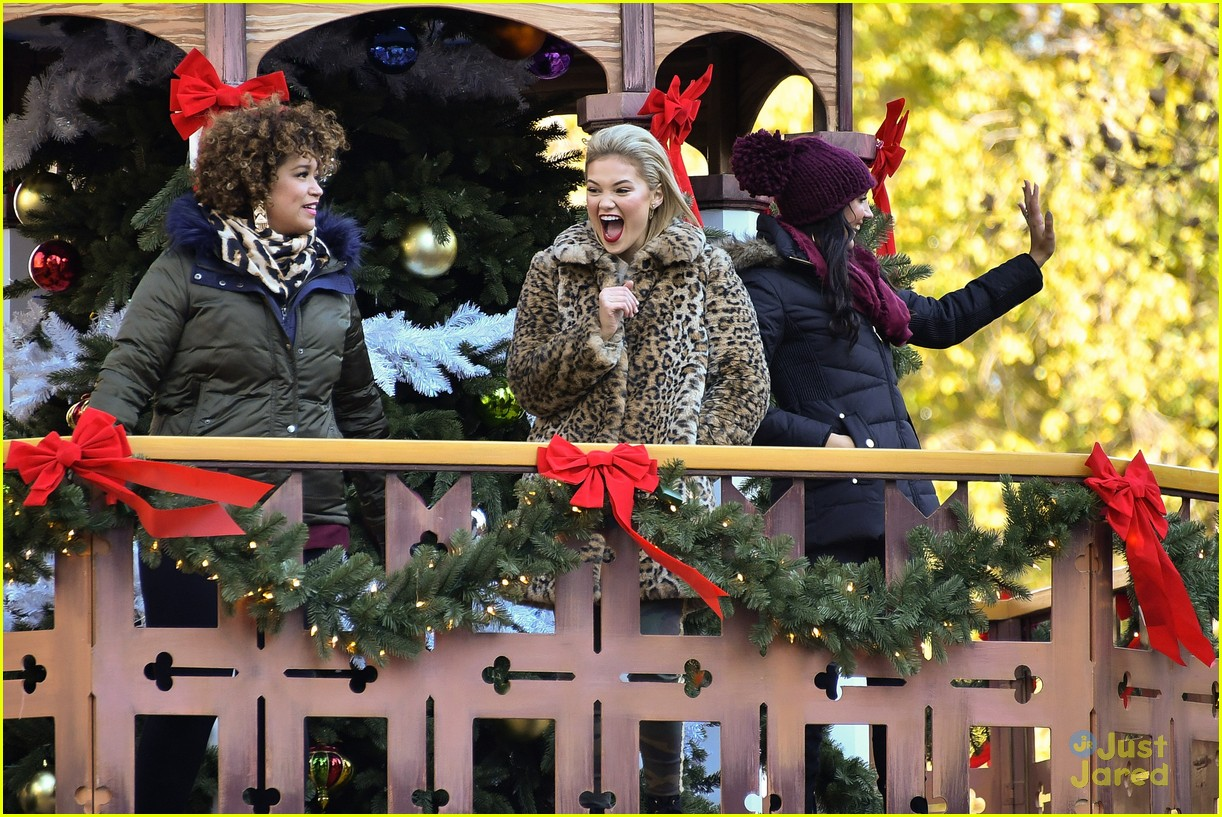 Olivia Holt Sings \'Christmas Baby, Please Come Home\' at Macy\'s ...