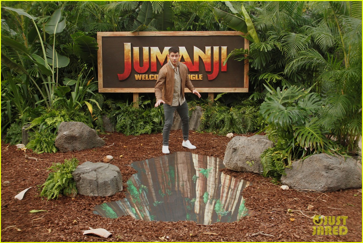 dwayne johnson nick jonas promote jumanji welcome to the jungle in hawaii 18