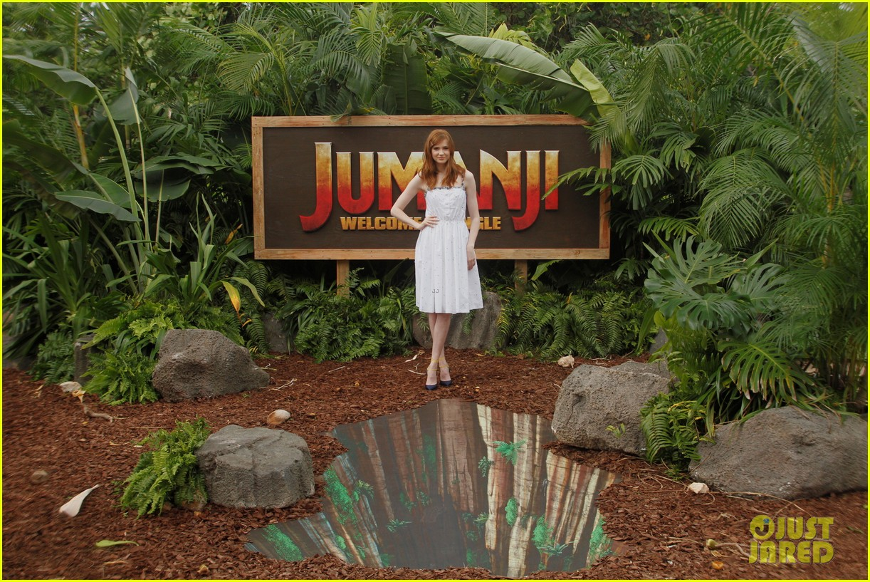 dwayne johnson nick jonas promote jumanji welcome to the jungle in hawaii 24