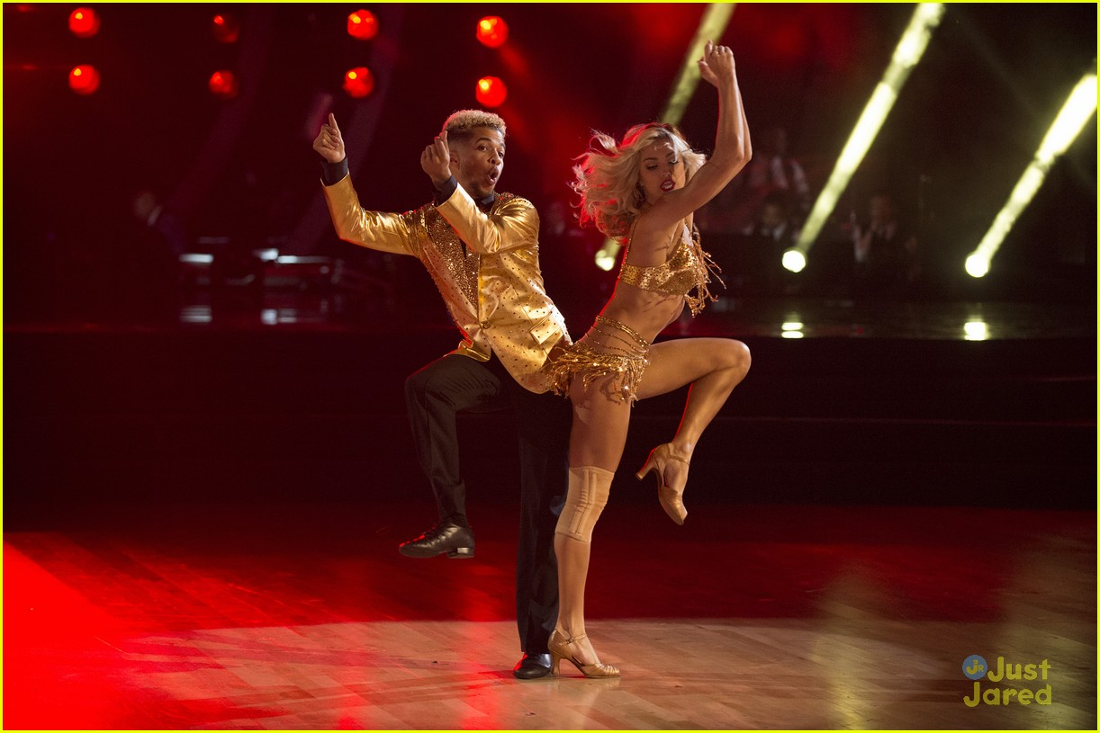 jordan fisher hurts lindsay arnold dwts reactions jive 15