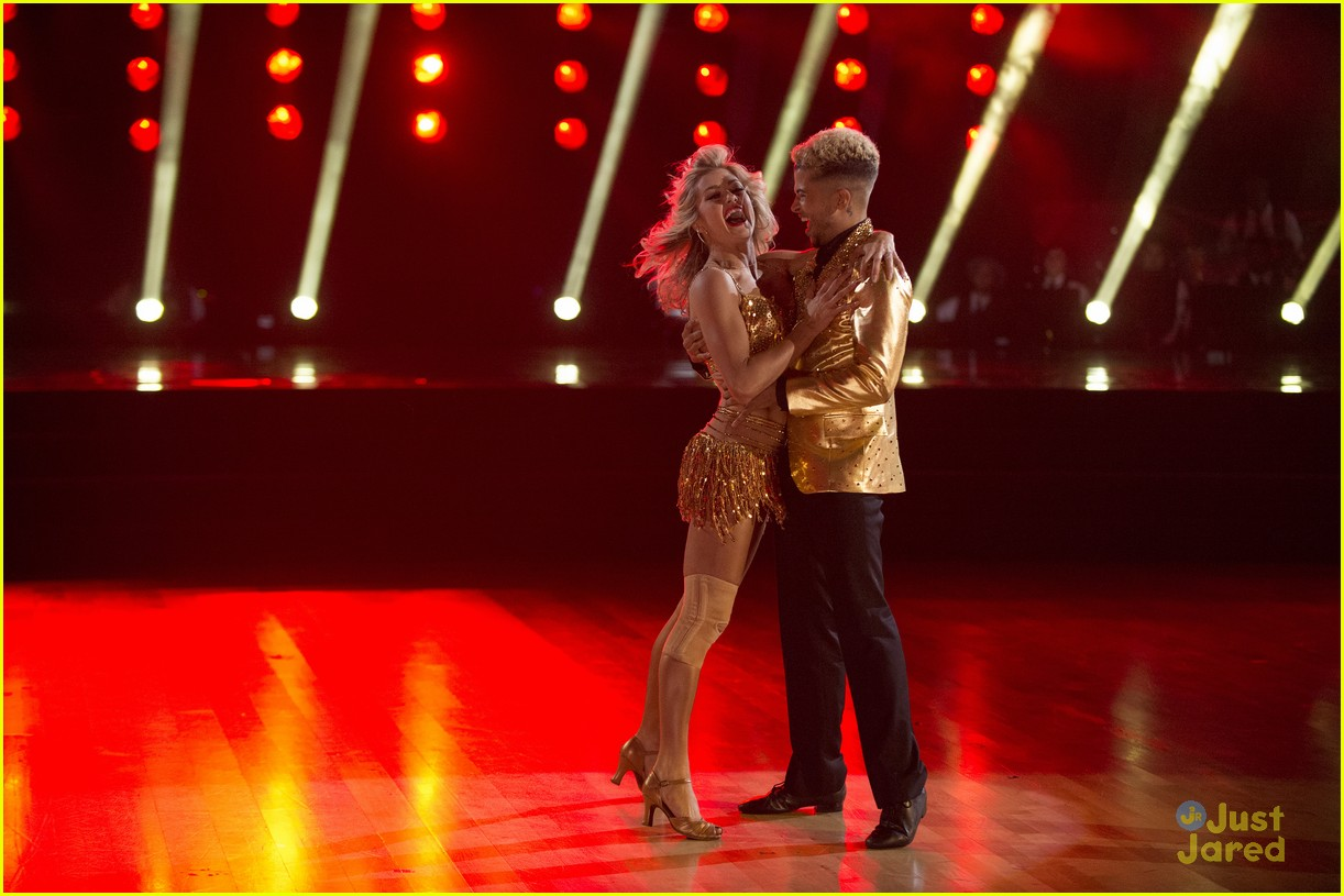 jordan fisher hurts lindsay arnold dwts reactions jive 19