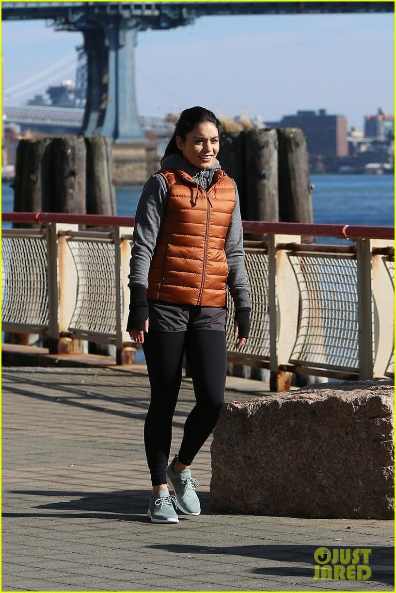 jennifer lopez gets back to work on second act with vanessa hudgens leah remini 08