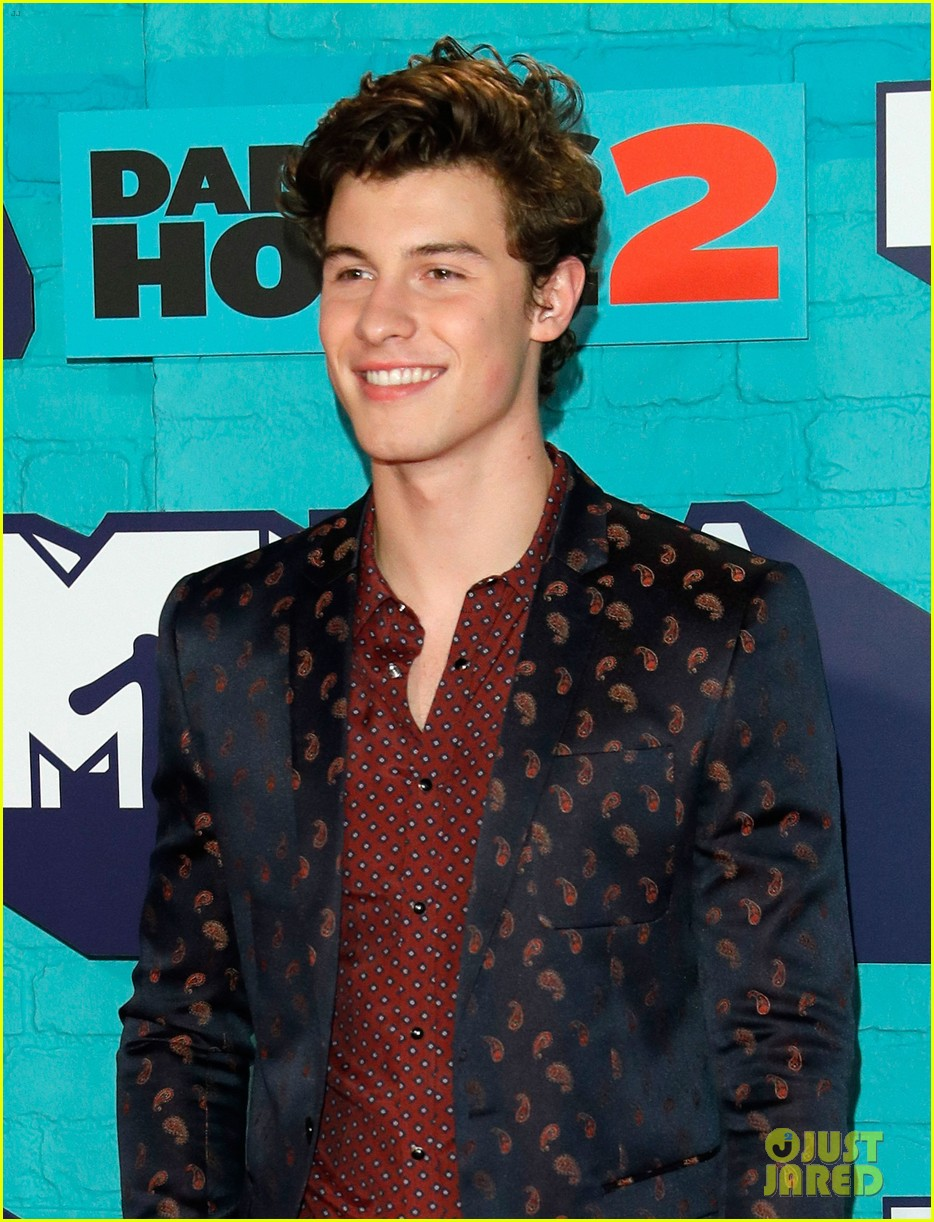shawn mendes set to perform at mtv ema 2017 02