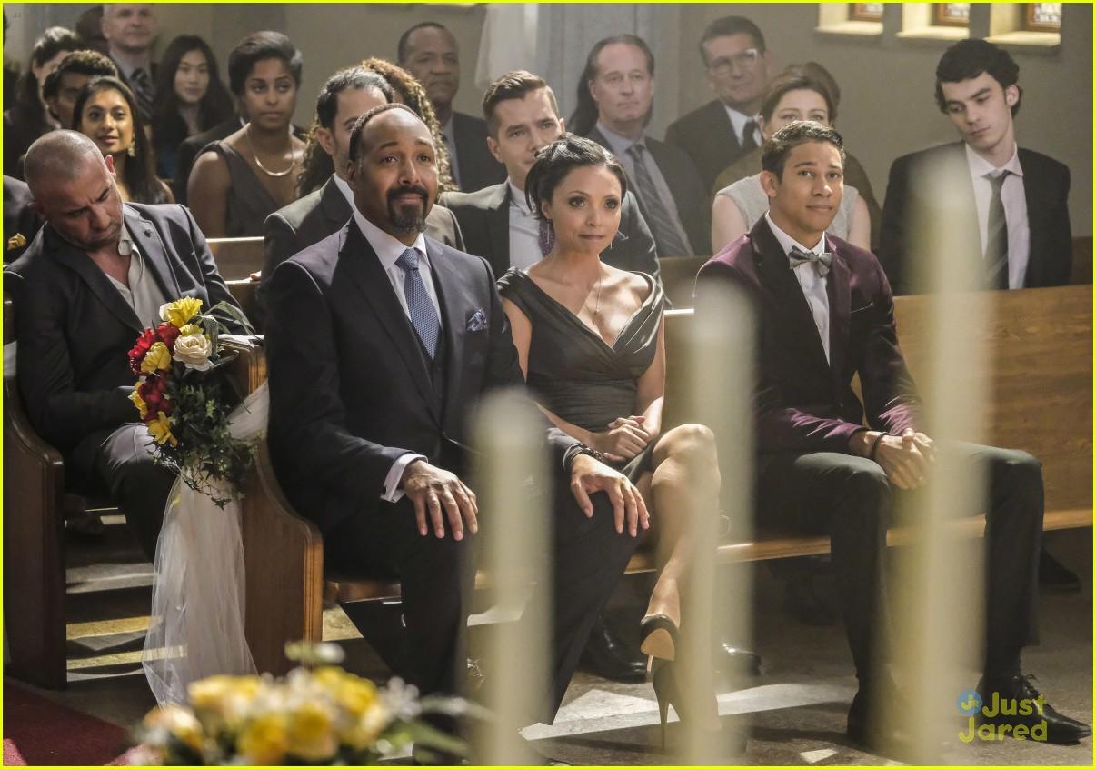 Kara Will Sing at Barry & Iris' Wedding Tonight on During 'Crisis