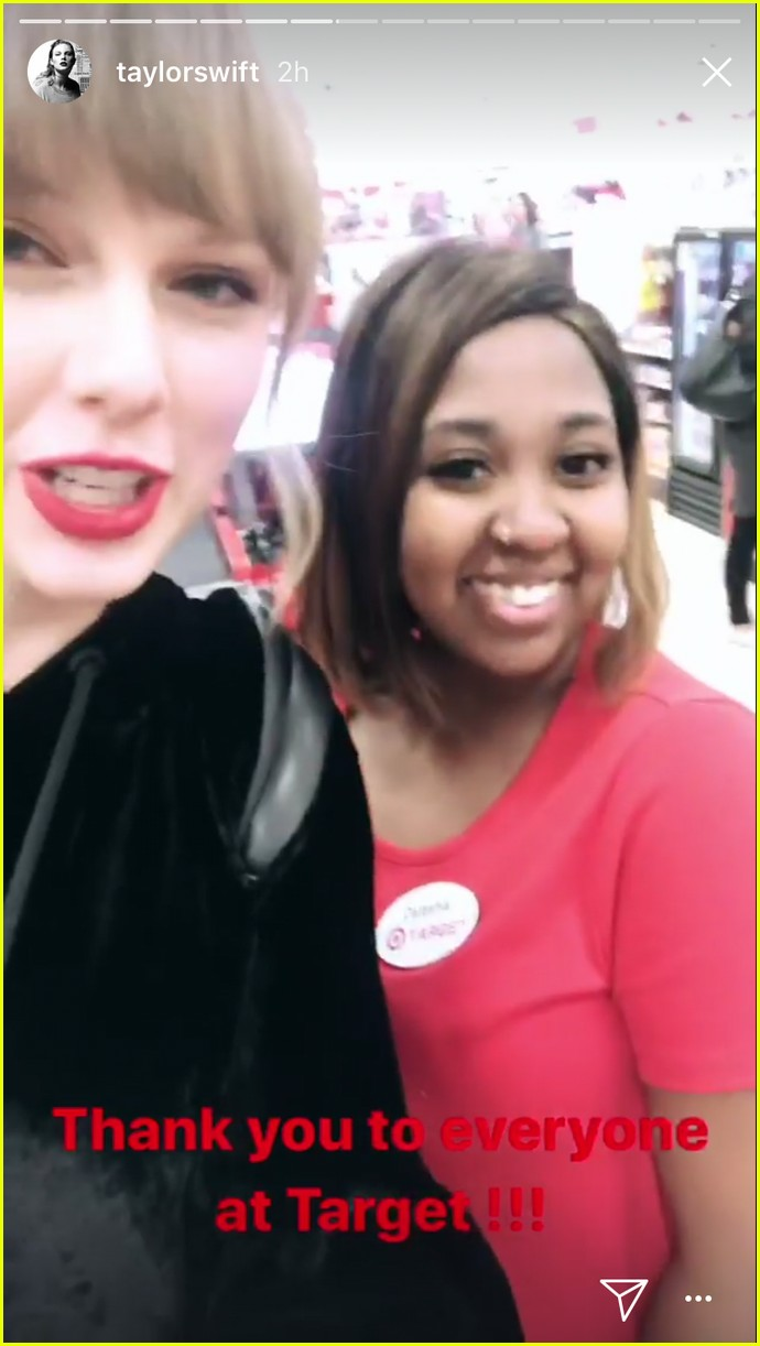 taylor swift surprises fans buying album in target 03