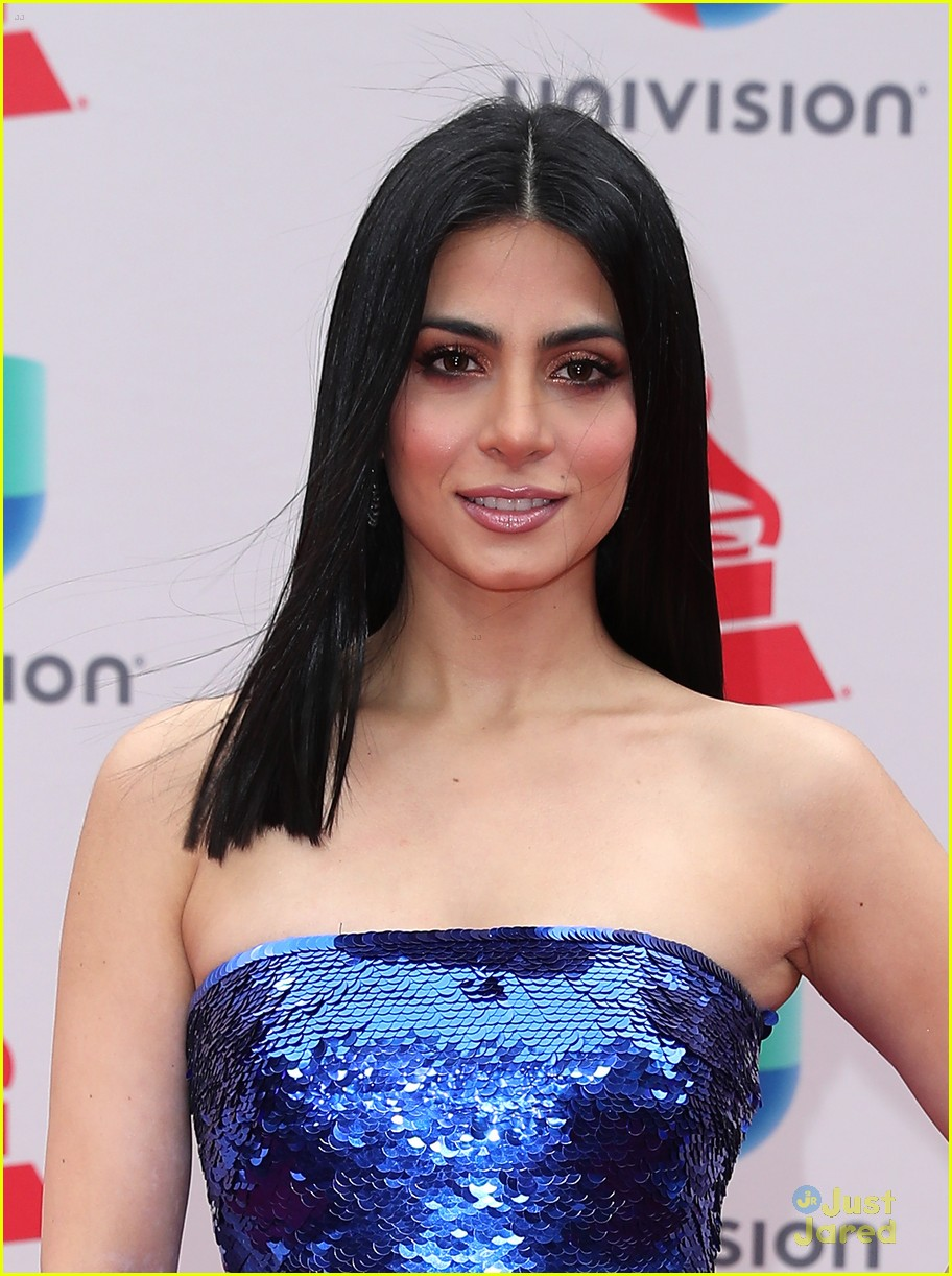 emeraude toubia latin grammys chrissie fit 08