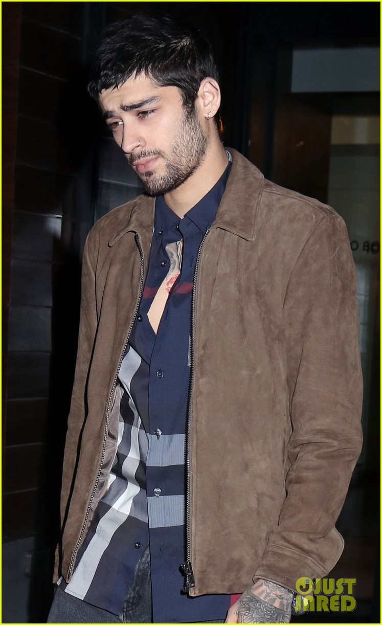 zayn malik steps out after two year anniversary 02