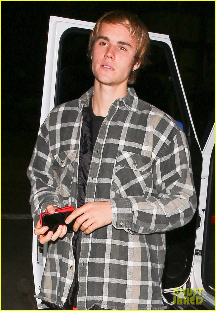 Justin Bieber Customized His Car For Christmas! | Photo 1129493 ...