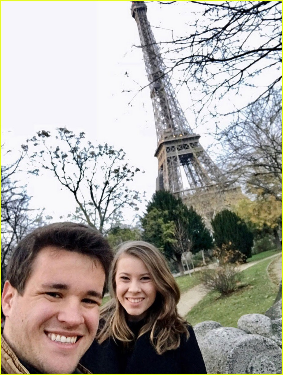 bindi irwin shares paris vacation photos 09